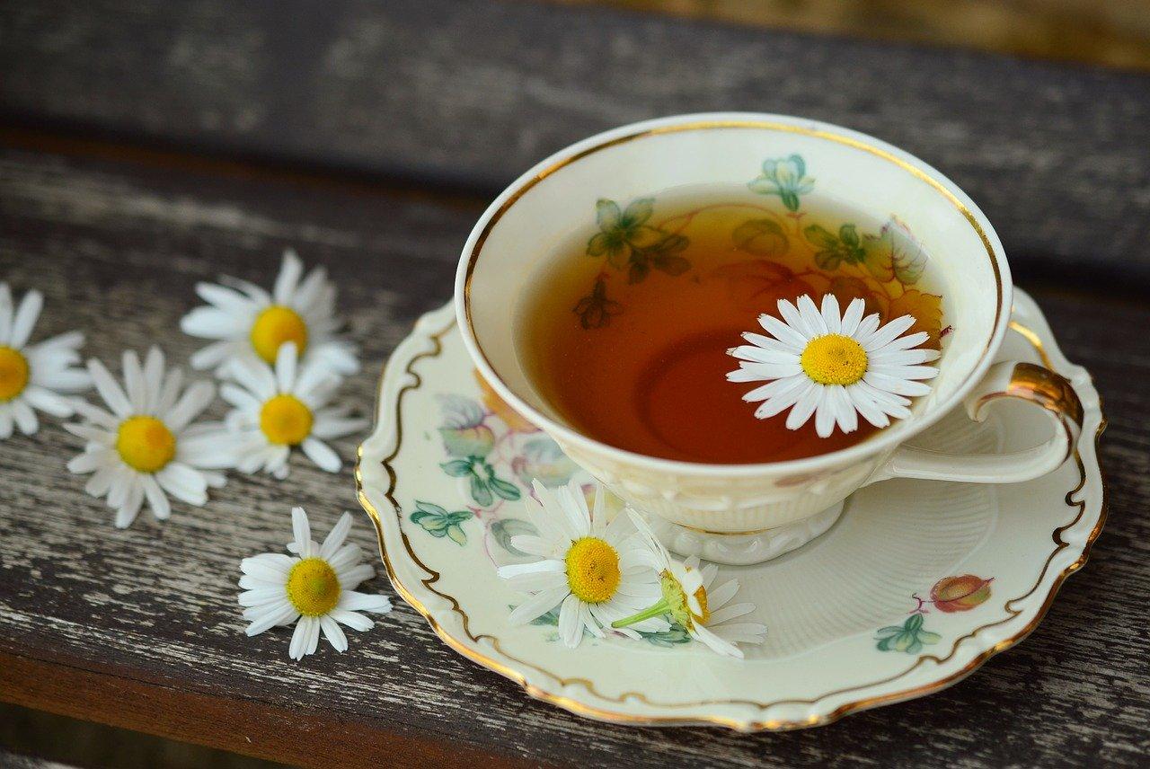 Pudełka na herbatę – sposób na elegancką odsłonę dla herbacianych smakoszy